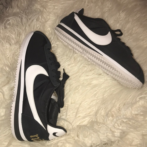 b64107589f2b Nike Classic Cortez Premium XLV Women's Shoe